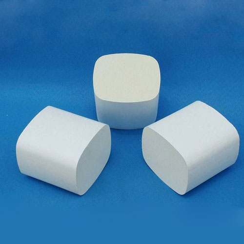 Ceramic substrate for diesel engine exhaust  purification